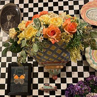 ヴィオレッタ のアートフラワー/市松模様の壁/Takatori Megumi/花のある暮らし/マンションインテリア...などのインテリア実例 - 2020-03-27 09:52:35