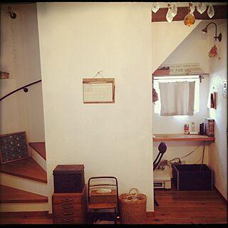 リビング/ソファの後ろ/階段下はPCコーナー/小引き出し/アイアンの手すり...などのインテリア実例 - 2014-11-08 08:54:27