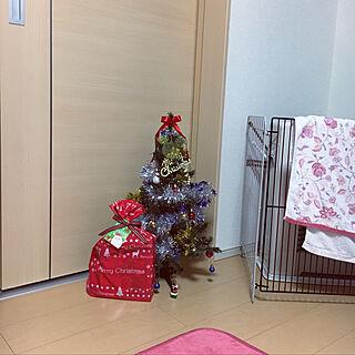 壁/天井/クリスマスプレゼント/ディズニーのクリスマスツリー/ディズニー/ゲーセンの戦利品...などのインテリア実例 - 2018-12-22 22:16:42