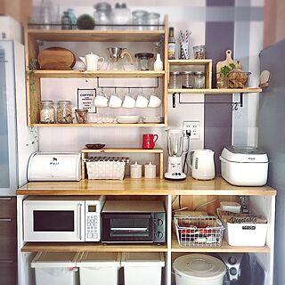 キッチン/ダイソーのカップ/マステ壁/米びつがわり/IKEAのバケツ...などのインテリア実例 - 2017-05-04 11:44:43