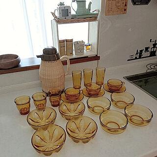 女性家族暮らし4LDK、アンバーの食器に関するriceさんの実例写真