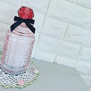 女性家族暮らし、香水瓶に関するAkie Yamanakaさんの実例写真