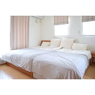 ベッド周り/みんなで寝てます/ダブルシェード/ニトリ/主寝室...などのインテリア実例 - 2018-09-26 20:58:33