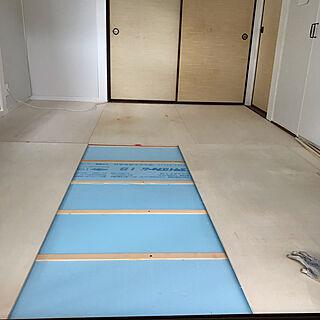 女性家族暮らし、畳をフローリングにDIYに関するmori-6.12さんの実例写真