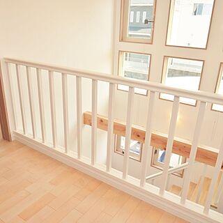 女性家族暮らし、階段 廊下に関するaonyanさんの実例写真