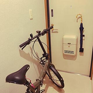 玄関に自転車/JEEP/折りたたみ自転車/自転車/玄関/入り口...などのインテリア実例 - 2019-07-05 09:30:46
