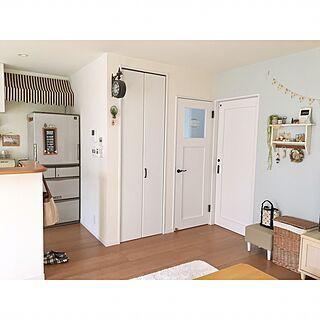 女性39歳の家族暮らし3LDK、白の建具に関するmakochi.mさんの実例写真