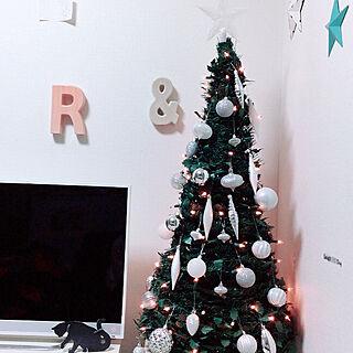 リビング/クリスマス/雑貨大好き♡/大人可愛いを目指す。/ホワイト大好き...などのインテリア実例 - 2018-12-17 13:00:02