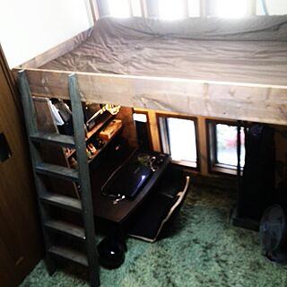 ベッド周り/ベットDIY /棚DIY/昨日バレました(笑)/大物作ります♪/パパには内緒で♪...などのインテリア実例 - 2014-08-06 14:10:52