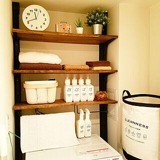 35歳の家族暮らし4LDK、洗面所 棚に関するoto10さんの実例写真