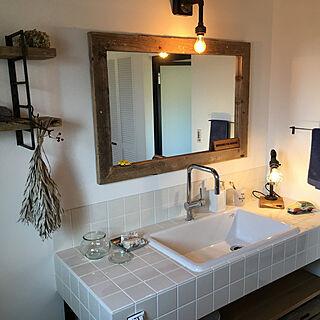 男性43歳の家族暮らし4LDK、オリジナル家具に関するtoshi51001さんの実例写真