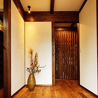 玄関/入り口/塗り壁/真壁/サイエンスホーム/照明...などのインテリア実例 - 2018-03-25 04:32:18