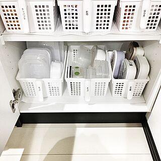 女性家族暮らし1LDK、備え付けの食器棚に関するmikurinさんの実例写真