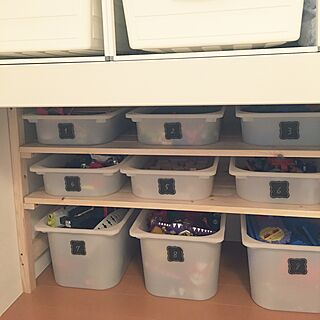 女性家族暮らし4LDK、IKEA収納BOXに関するyokoko45さんの実例写真