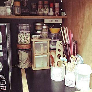 女性家族暮らし3LDK、調味料の種類を揃えたいに関するtomoさんの実例写真