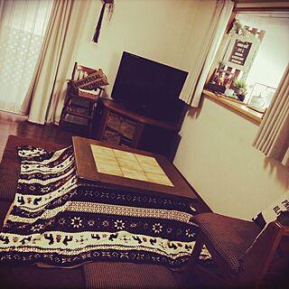 部屋全体/フランダースの家具屋さん/しまむら/こたつ出しました/天板が重いー!ぎっくり腰に注意!...などのインテリア実例 - 2014-11-07 16:36:16
