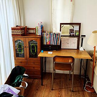 裁縫箱/小学校の椅子/りんご箱/鉄脚テーブルDIY/ステンドグラス...などのインテリア実例 - 2021-04-28 13:57:55