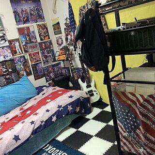 ベッド周り/寝室/ギターのある部屋/音楽/楽器 趣味 自分の部屋...などのインテリア実例 - 2016-06-01 23:52:23