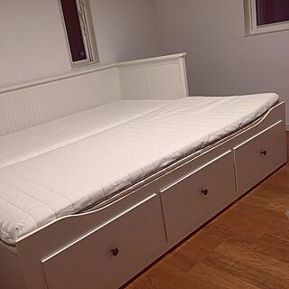 ベッド周り/シンプル/ホワイト/IKEA/取っ手...などのインテリア実例 - 2016-05-09 23:32:39