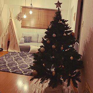 部屋全体/リビング/クリスマス/クリスマスツリー/ニトリ...などのインテリア実例 - 2019-10-19 17:30:18