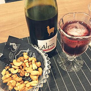 女性42歳の家族暮らし3LDK、ワインに関するALPSさんの実例写真