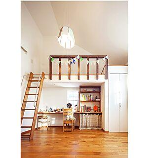 男性45歳の家族暮らし、ロフトにあった棚に関するtomio_officialさんの実例写真
