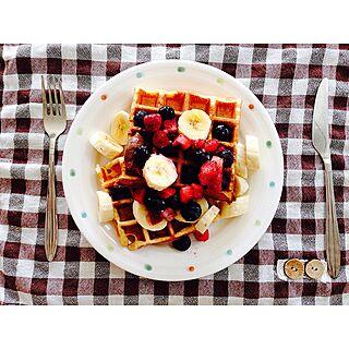 キッチン/冷凍ミックスベリー/休みの朝食にしか作りません/ワッフル焼けましたのインテリア実例 - 2015-05-06 08:25:57