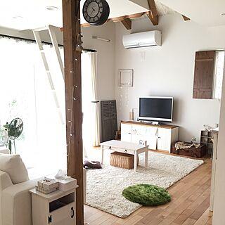 女性32歳の家族暮らし4LDK、リビングラグに関するRiiさんの実例写真