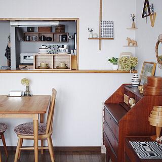 女性の、2LDK、一人暮らしの「キッチン」についてのインテリア実例
