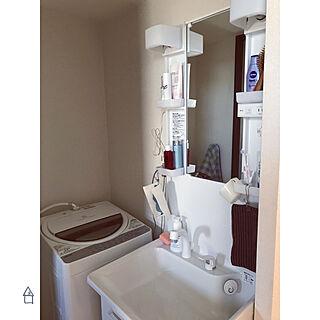 女性の、1K、一人暮らしの「バス/トイレ」についてのインテリア実例