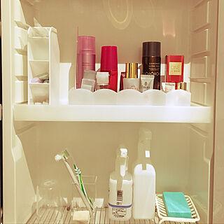 女性、洗面台上収納に関するmeguさんの実例写真