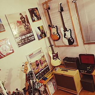 壁/天井/ギター/ギターのある部屋/ギターハンガー/アンプ...などのインテリア実例 - 2019-02-09 23:17:40