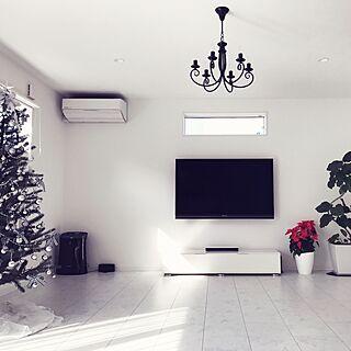女性家族暮らし3LDK、ホワイトクリスマスツリーに関するMichiyoさんの実例写真