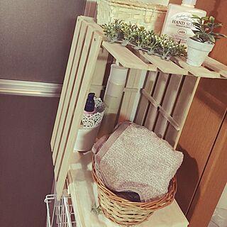 バス/トイレ/ラックにスノコをつけて簡単なMy Shelf♡/DIY/フェイクグリーン/IKEA/一人暮らし...などのインテリア実例 - 2015-03-07 01:35:56