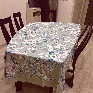 家族暮らし、テーブルクロスに関するelly.sさんの実例写真