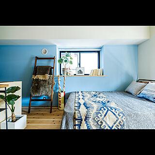 、一人暮らしの「ベッド周り」についてのインテリア実例