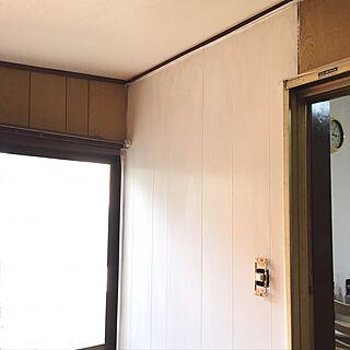 女性の、4DK、家族住まいの「キッチン」についてのインテリア実例