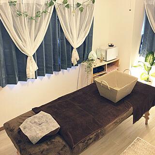 女性28歳の一人暮らし2DK、サロン部屋に関するharutaさんの実例写真