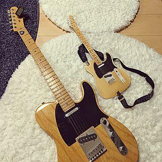 リビング/おもちゃのギター/ギター/テレキャスター/ナフコ21スタイル...などのインテリア実例 - 2016-11-19 22:16:05