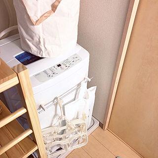 女性24歳の一人暮らし1K、タオル収納に関するHitomiさんの実例写真