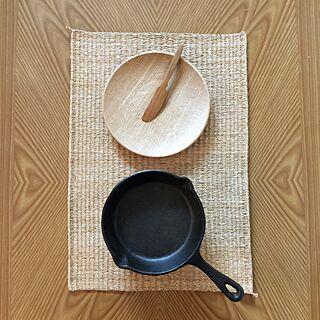 リビング/鍋敷き/木皿/バターナイフ/スキレット...などのインテリア実例 - 2015-04-17 08:26:53
