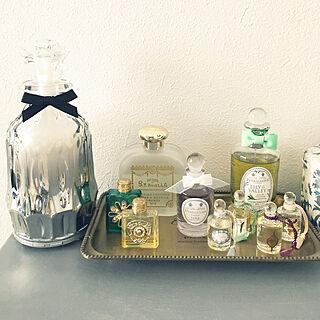一人暮らし1K、香水たちに関するraraさんの実例写真