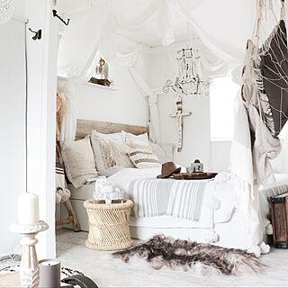 女性の、2DK、家族住まいの「ベッド周り」についてのインテリア実例
