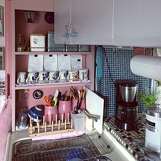 女性56歳の家族暮らし4LDK、モザイクタイル柄の壁紙に関するhimenekoさんの実例写真