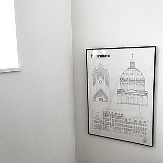 4LDK、家族住まいの「壁/天井」についてのインテリア実例