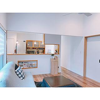 家族暮らし4LDK、建具は白ですに関するyu.iさんの実例写真