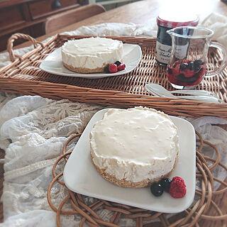キッチン/トレイ/レース/手作り/下手っぴチーズケーキ...などのインテリア実例 - 2021-02-13 15:17:34