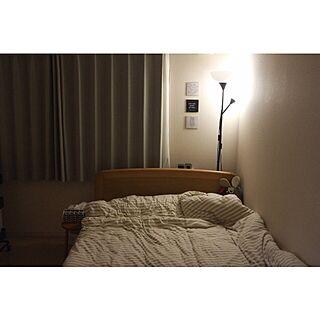 女性の、1LDK、一人暮らしの「ベッド周り」についてのインテリア実例