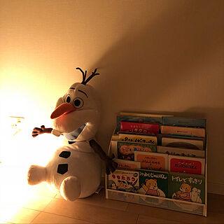 家族暮らし、寝る前に読む本に関するsasaeriさんの実例写真