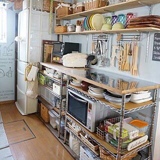 女性39歳の家族暮らし4LDK、キッチン 作業台Kitchenやシルバーラックやカフェ風やおうちカフェなどに関するSuさんの実例写真